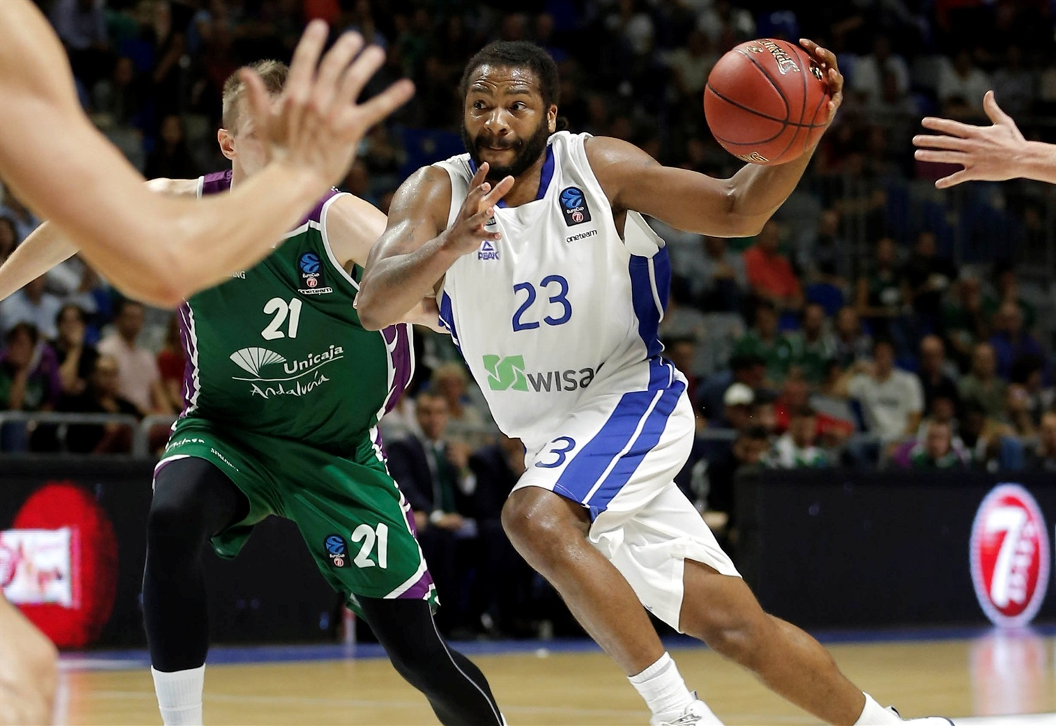 Quantez Robertson - Fraport Skyliners Frankfurt (photo Unicaja) - EC18