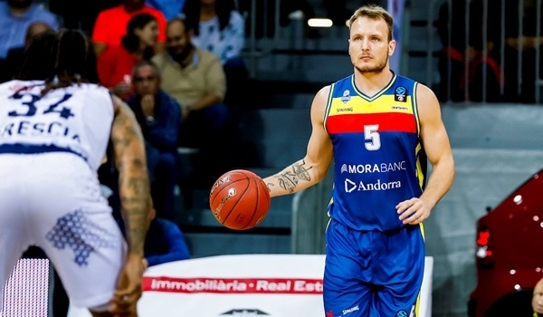 MoraBanc's Luz out to make his name within famous basketball family