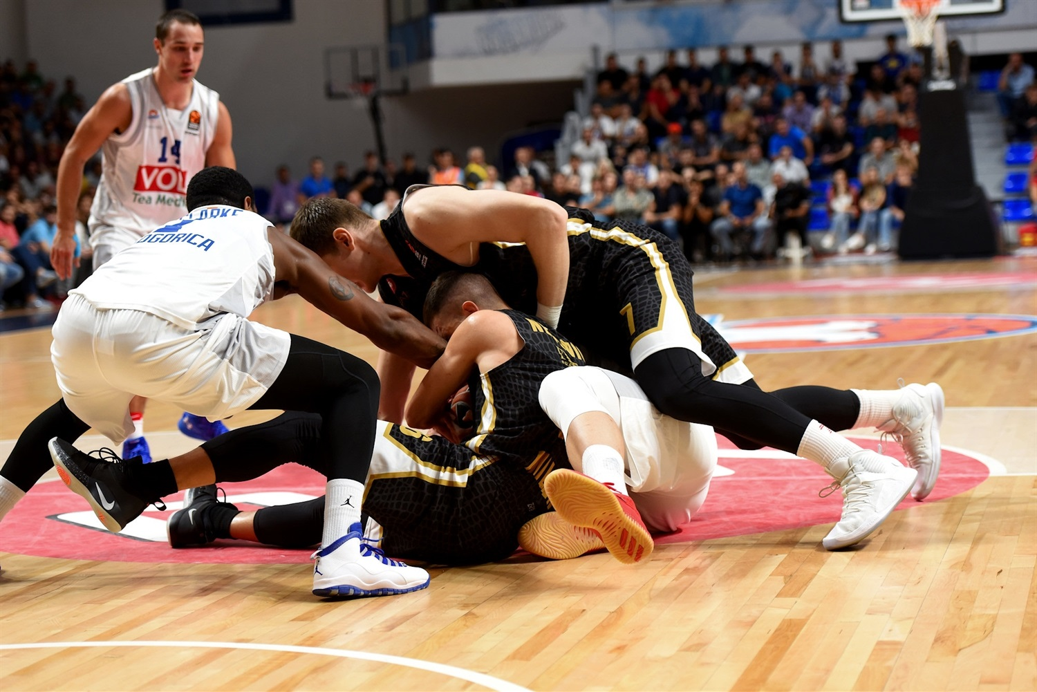 Players Buducnost and Milan - EB18