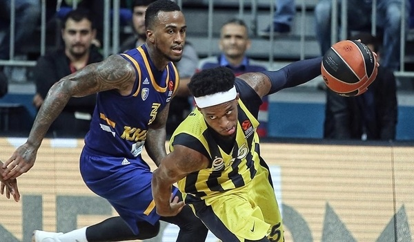 Ali showed Fenerbahce the way from deep