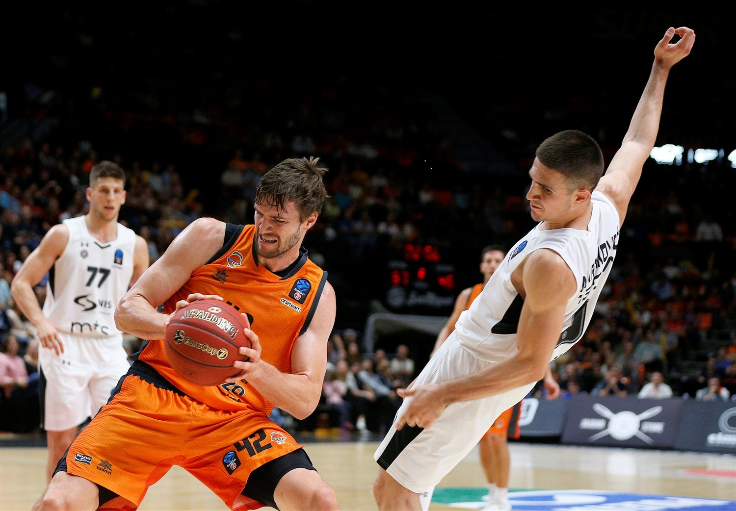 Aaron Doornekamp - Valencia Basket (photo Valencia) - EC18