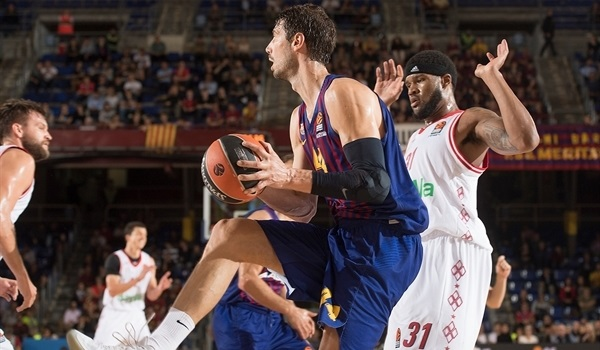 Singleton, Tomic lead Barcelona to first win