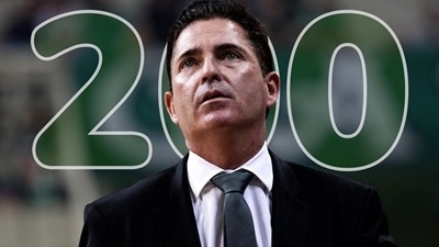 Pascual joins exclusive list of coaching greats