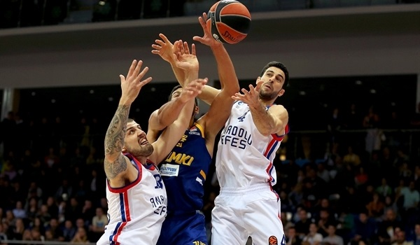 Balbay miracle gives Efes win over Khimki
