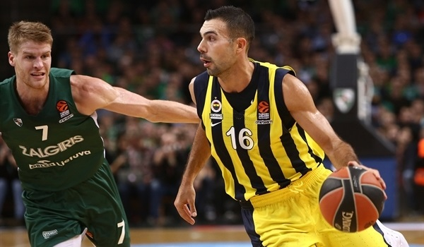 Fenerbahce rallies in Kaunas to stay perfect