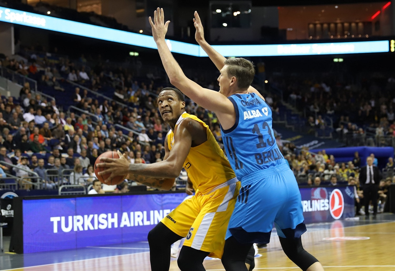 Robert Upshaw - Arka Gdynia (photo Andreas Knopf - ALBA) - EC18
