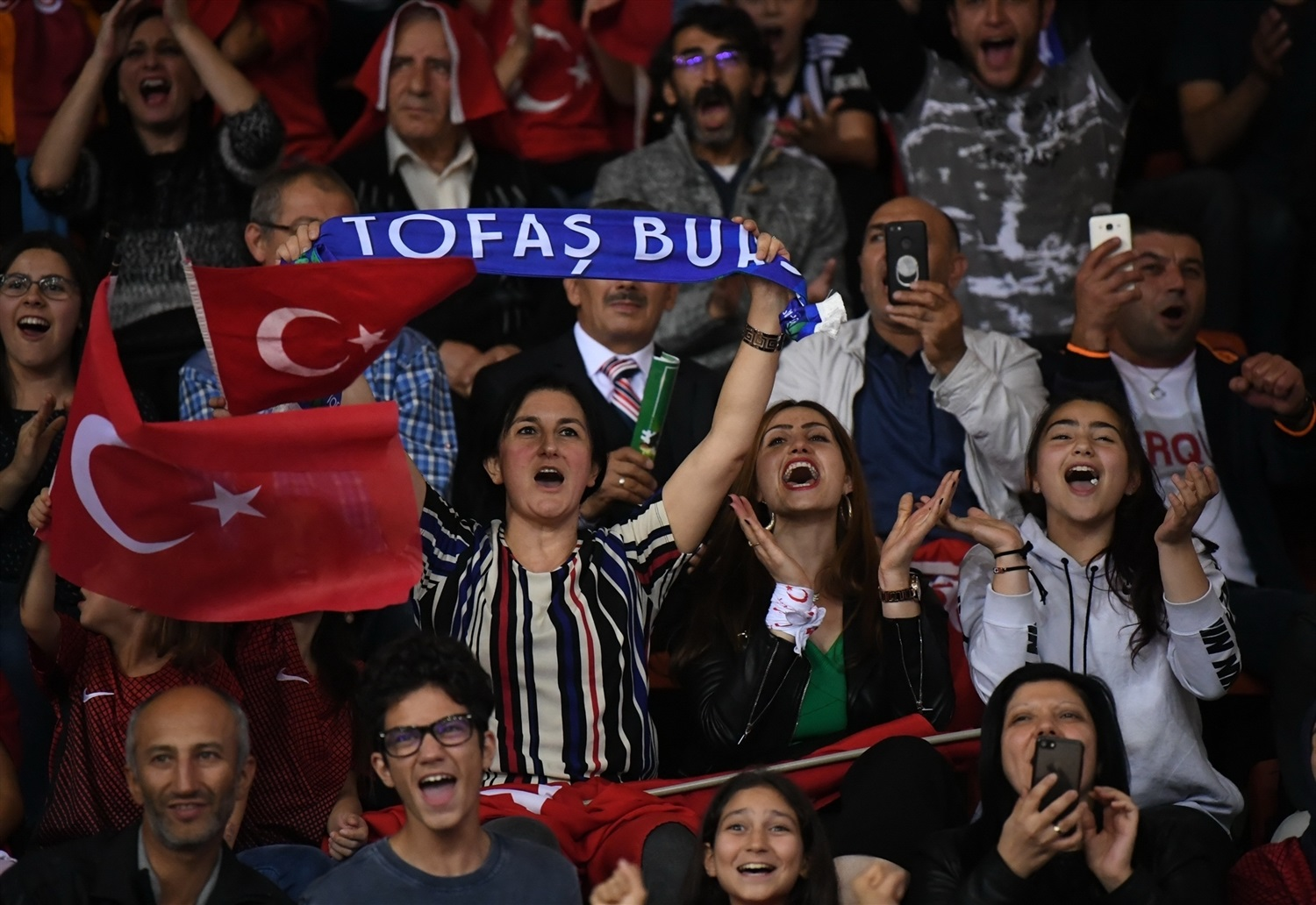 Fans - Tofas Bursa (photo Ozan Demir - Tofas) - EC18
