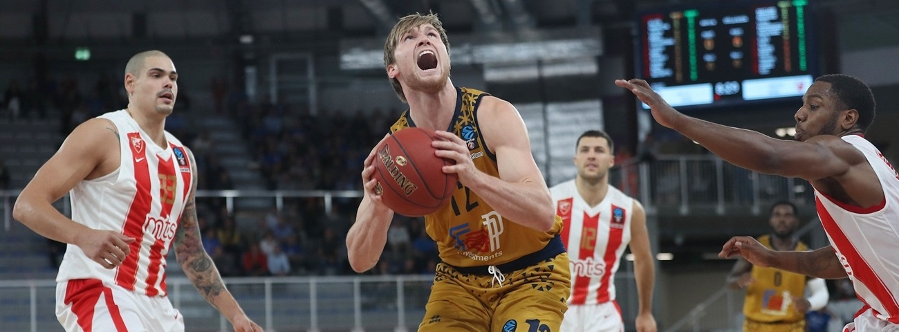 Partizan picks Mika at center