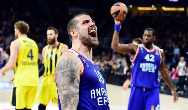 Efes won the tale of two halves in Istanbul