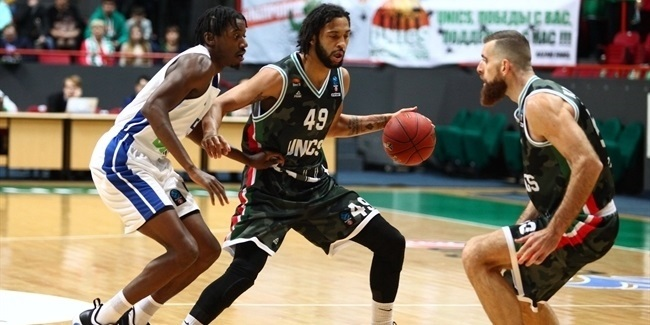 Henry's miracle pass assisted UNICS's huge win
