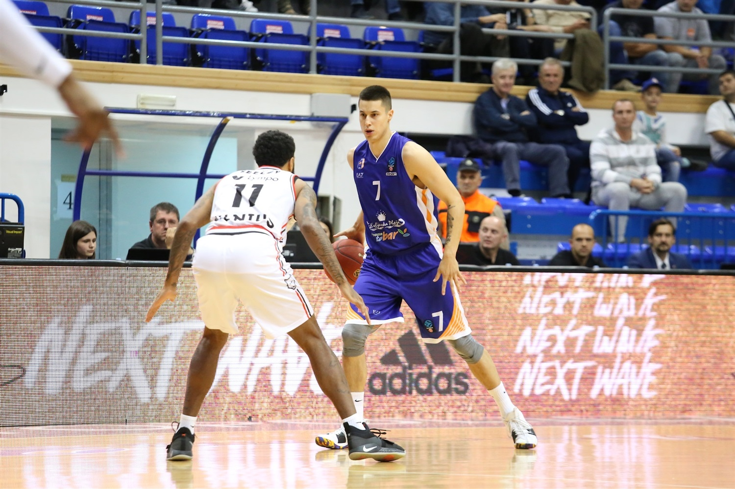 Bronson Koenig - Mornar Bar (photo Mornar) - EC18