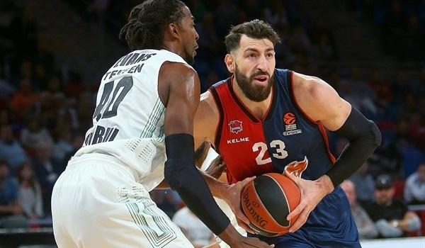 RS Round 5 report: Baskonia blows past Darussafaka, opens home account