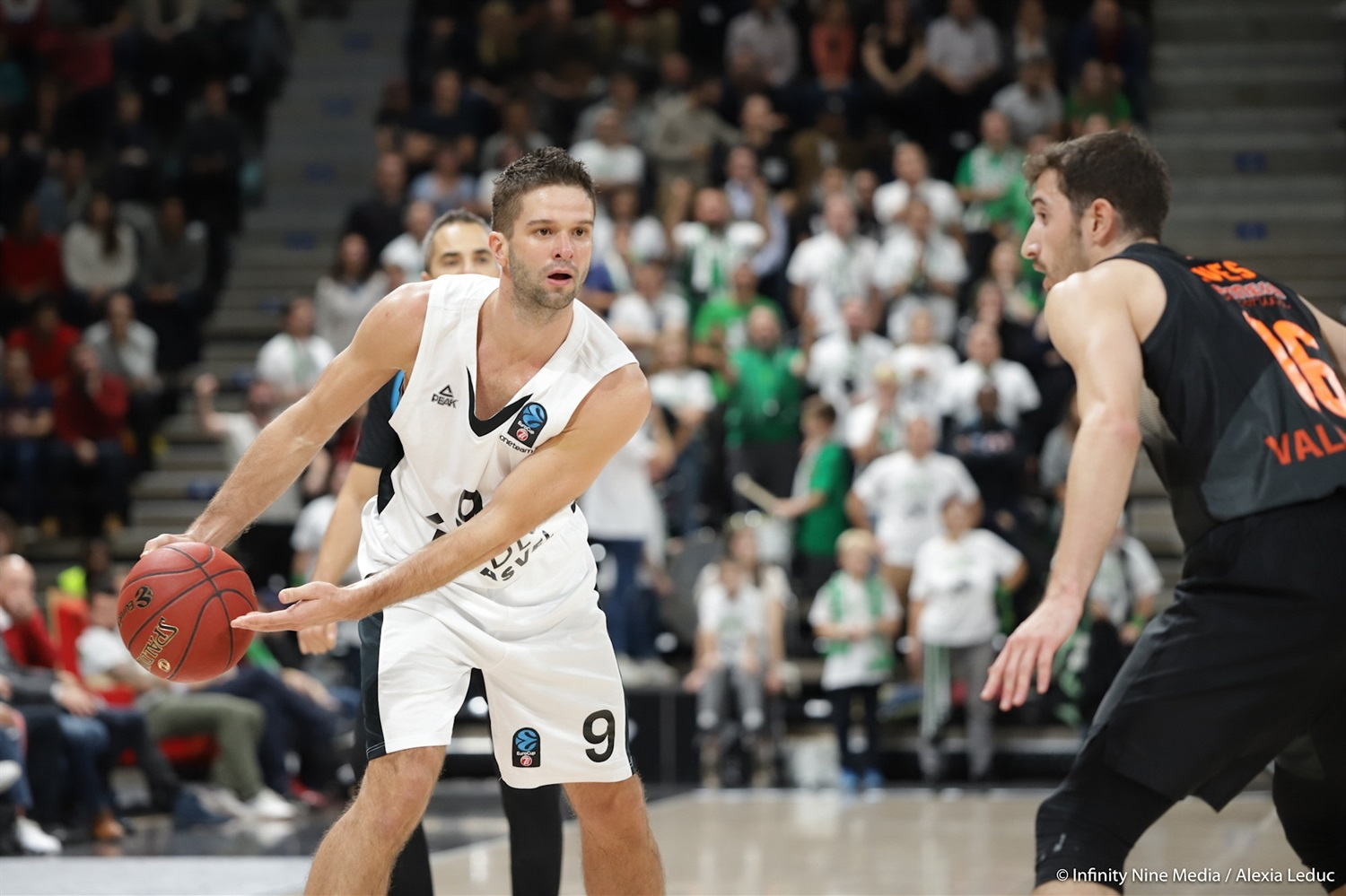 Mantas Kalnietis - LDLC ASVEL Villeurbanne (photo Infinity Nine Media - Alexia Leduc) - EC18