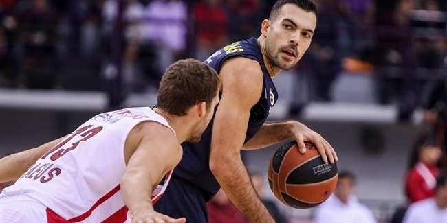 Sloukas led the way for his road win in Piraeus