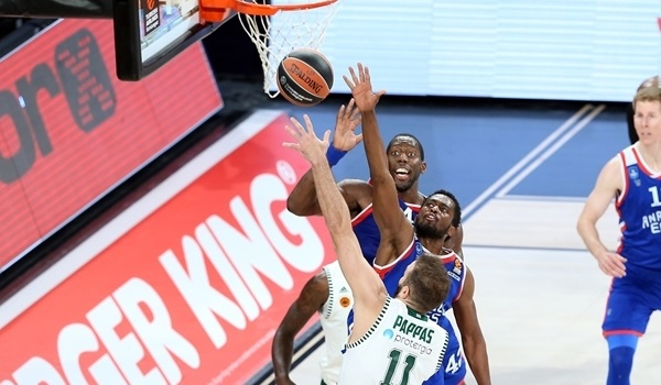 Great hustle, blocks lead Efes to big win