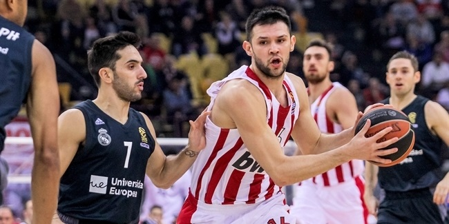 RS Round 9: Olympiacos Piraeus vs. Real Madrid