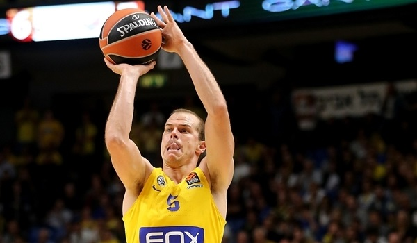 RS Round 10 report: Maccabi thrashes Bayern for first home win