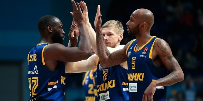 Domestic leagues playoffs: Khimki pulls out victory in Kazan