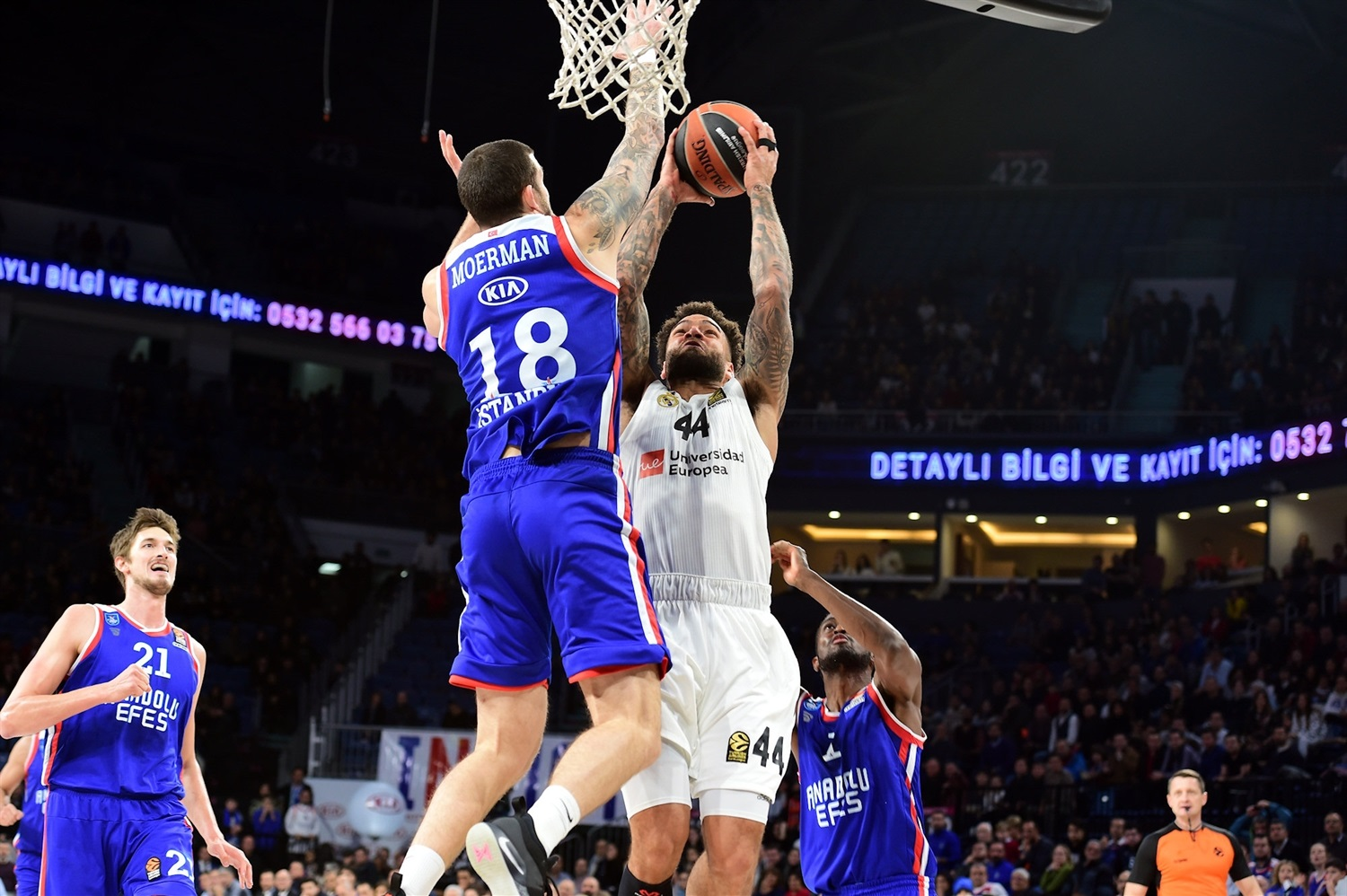Jeffery Taylor - Real Madrid - EB18
