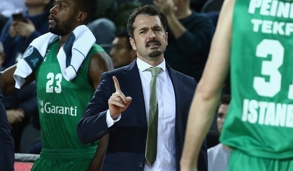 Darussafaka relieves Caki of coaching duties