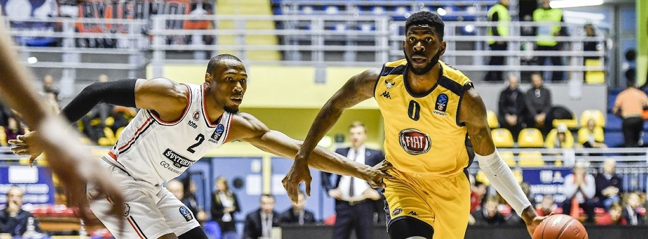 UNICS adds forward Wilson