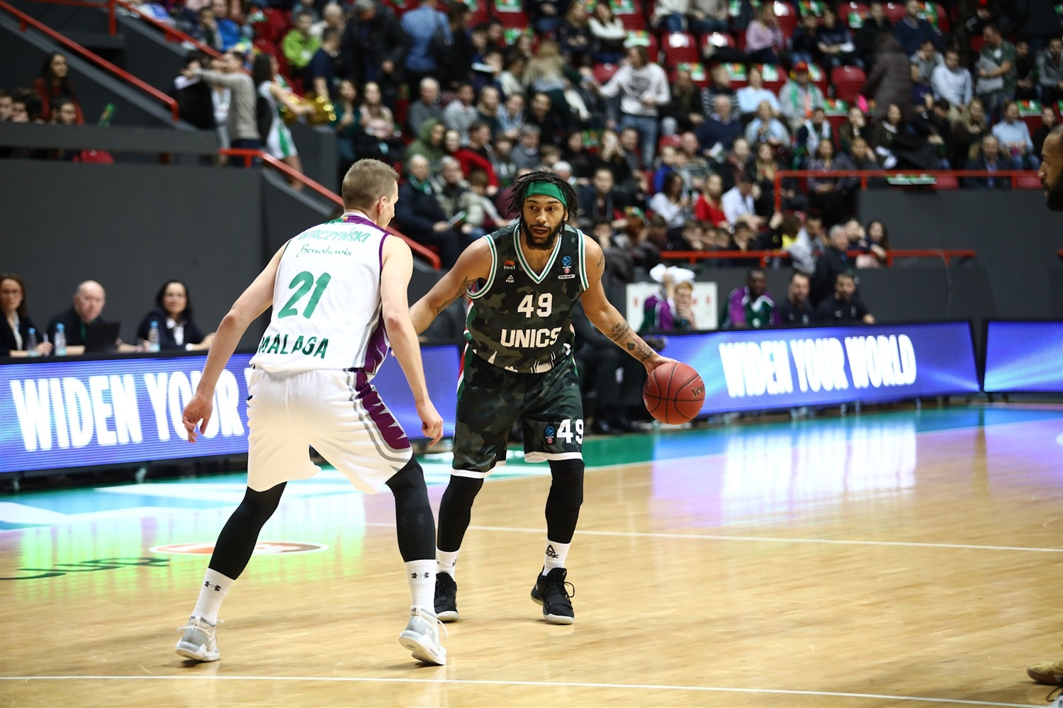 Pierria Henry - UNICS Kazan (photo UNICS) - EC18
