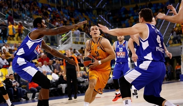 RS Round 12 report: Gran Canaria turns on offense to top Buducnost