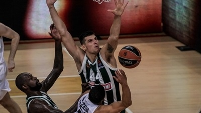 Mitoglou was the hero in OAKA