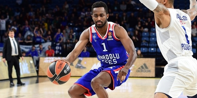 Domestic leagues playoffs: Efes takes semis opener