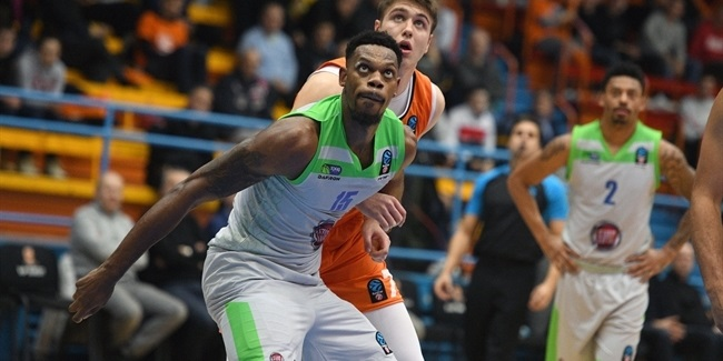 Unicaja adds size, power with Elegar