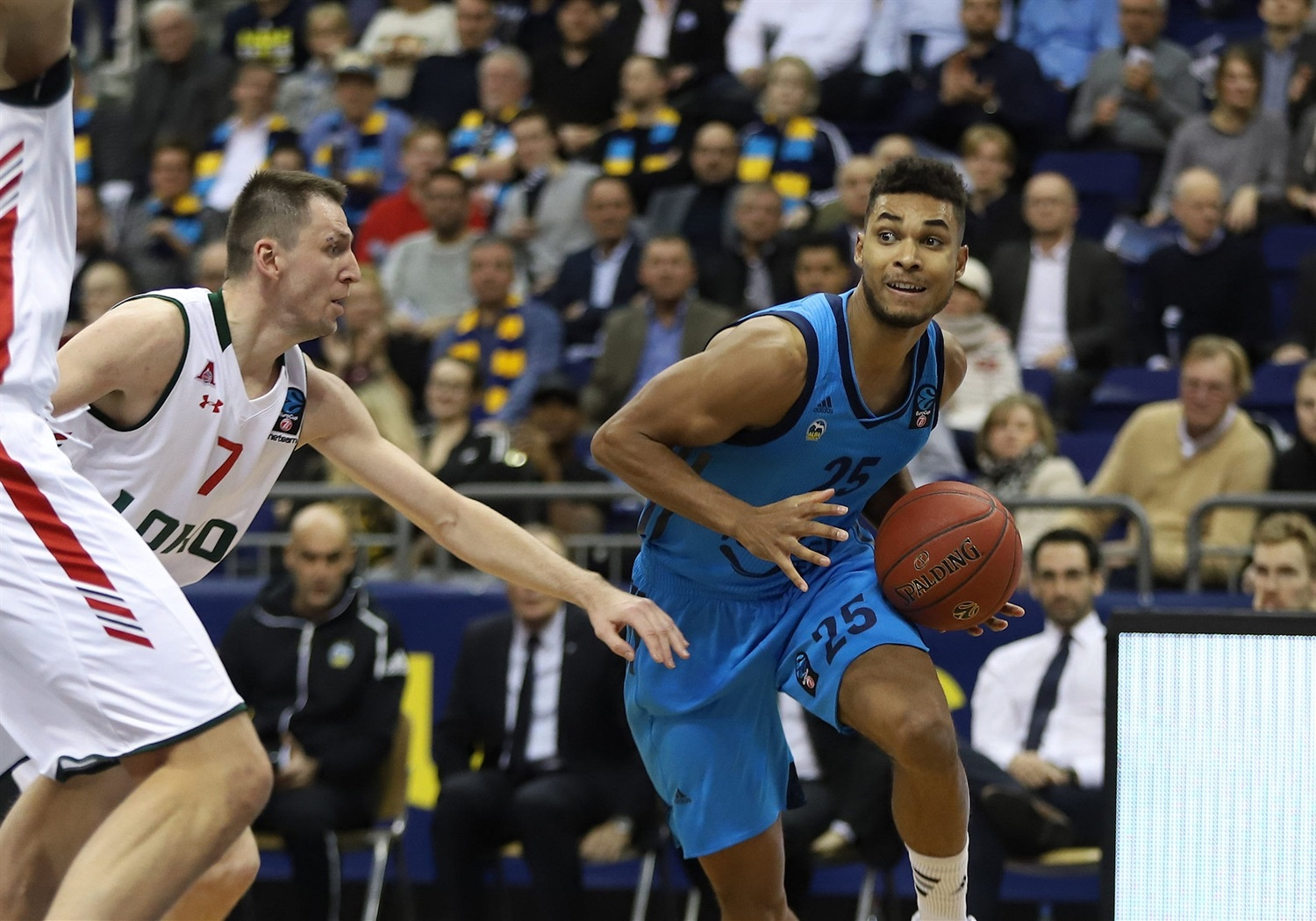 Kenneth Ogbe - ALBA Berlin (photo Andreas Knopf - ALBA) - EC18