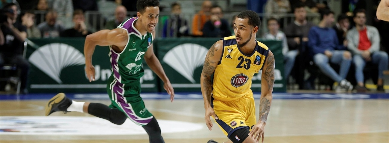 Nanterre puts scorer Moore in its backcourt
