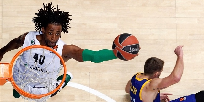 Khimki brings back shot-blocker Evans