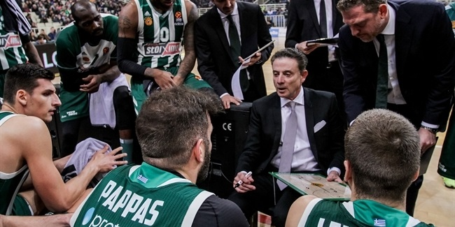 Pitino holds court after debut win