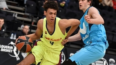 Fourth-quarter defense carries Barcelona to win over Estudiantes, fifth place