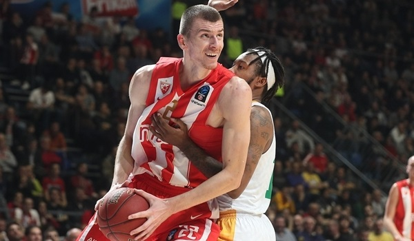 Zvezda, Simanic agree to extension