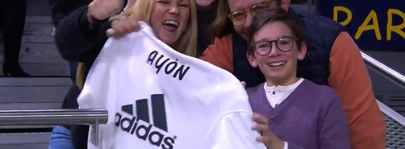 Madrid's Ayon found young Mexican fan irresistible