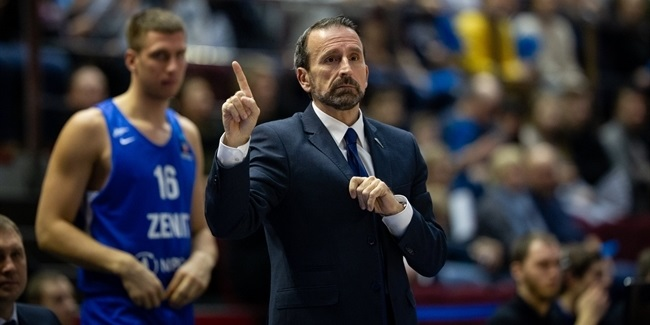Zenit releases Coach Plaza