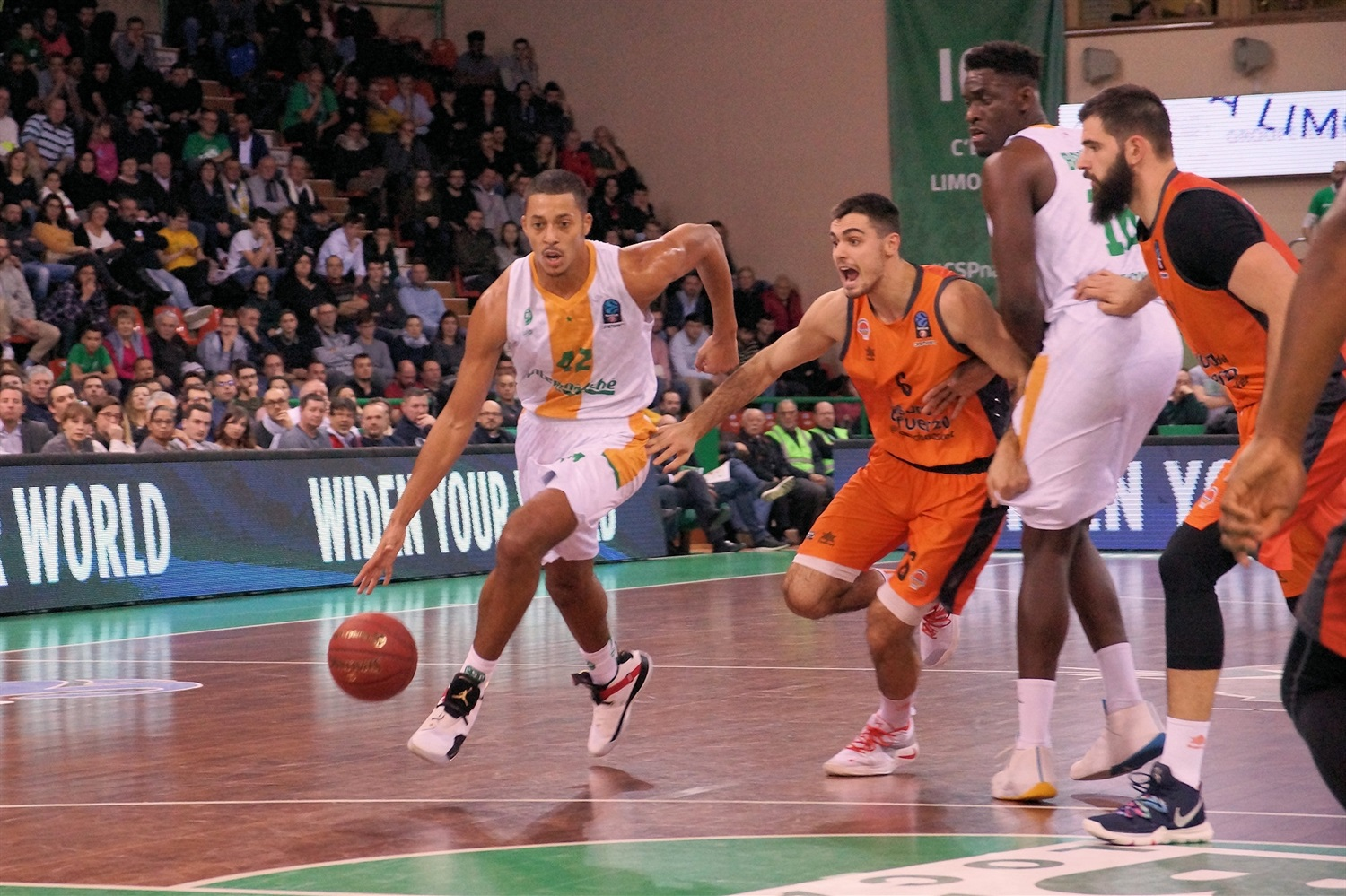 William Howard - Limoges CSP (photo Limoges) - EC18