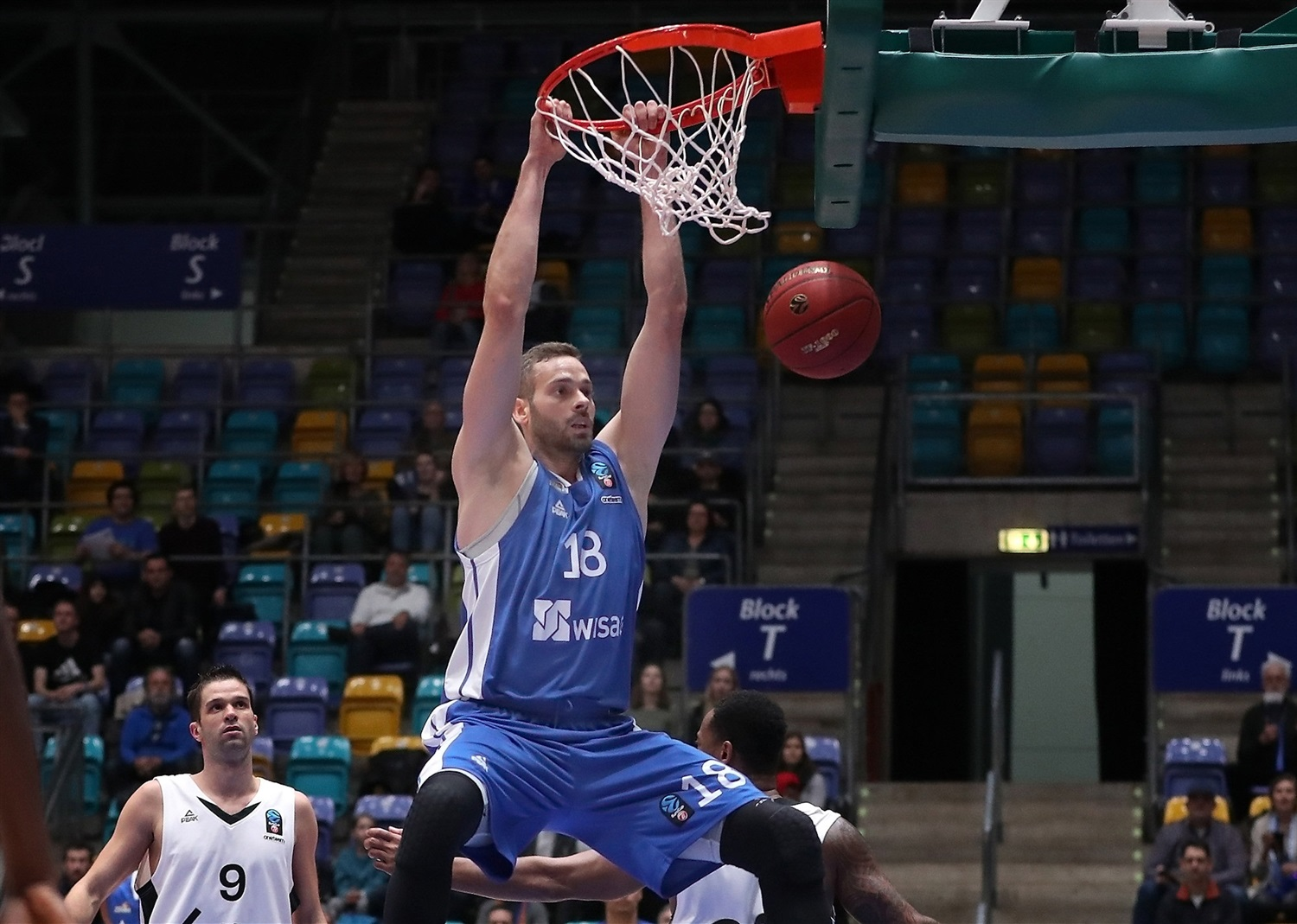 Jonas Wohlfarth-Bottermann - Fraport Skyliners Frankfurt (photo Skyliners) - EC18