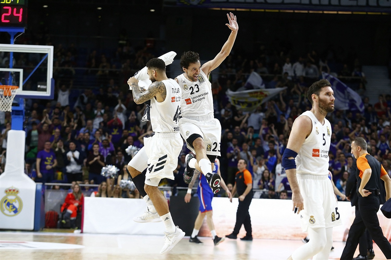Sergio Llull celebrates - Real Madrid - EB18
