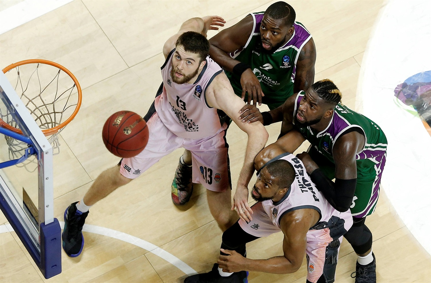 Mike Tobey - Valencia Basket (photo Unicaja - Mariano Pozo) - EC18