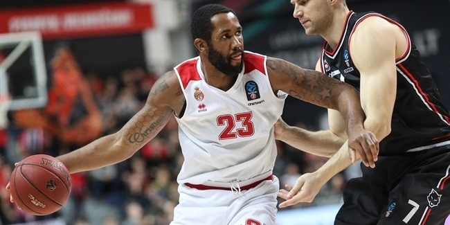 Monaco keeps big man Buckner