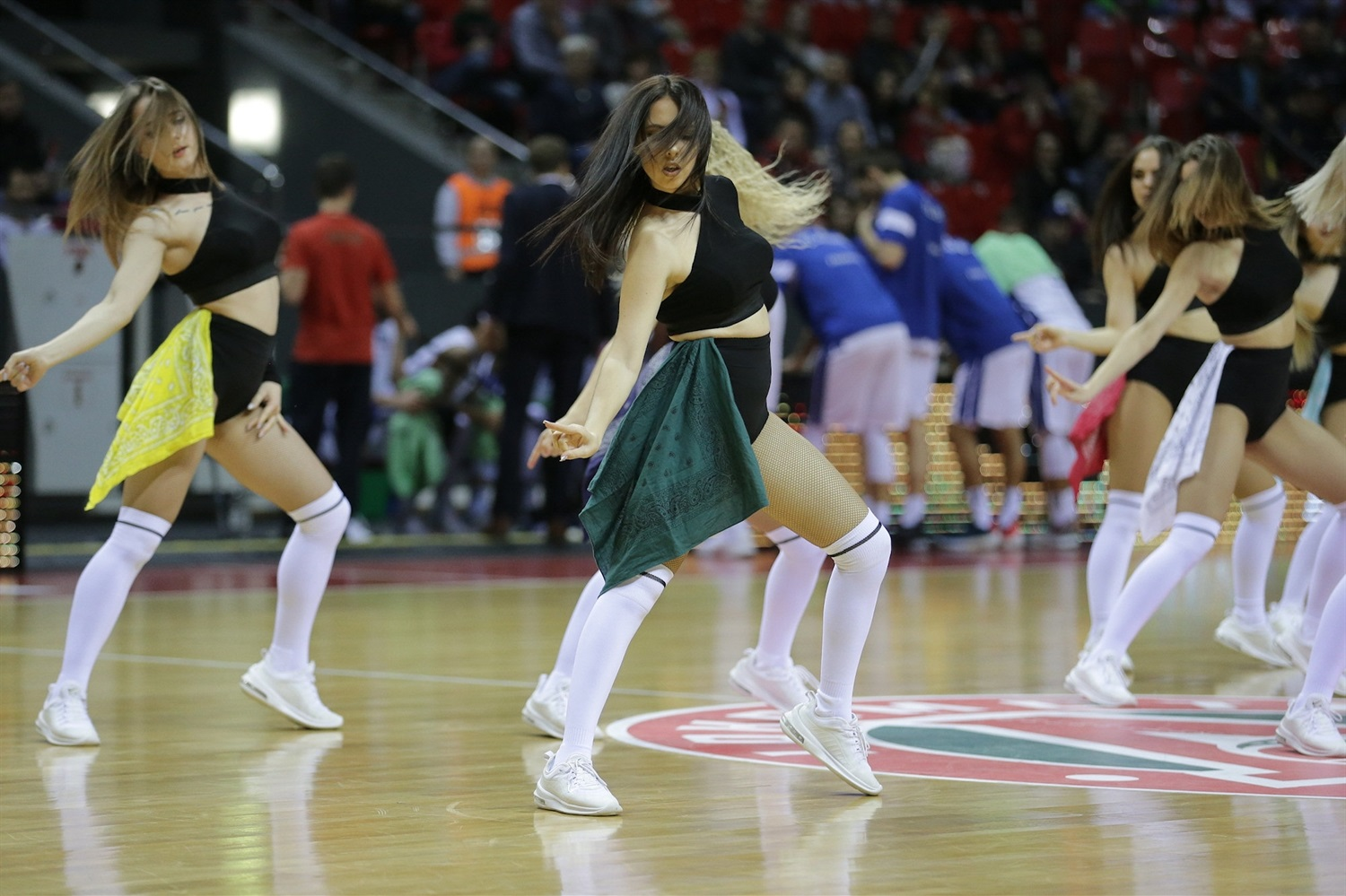 Cheerleaders - Lokomotiv Kuban Krasnodar (photo Lokomotiv) - EC18