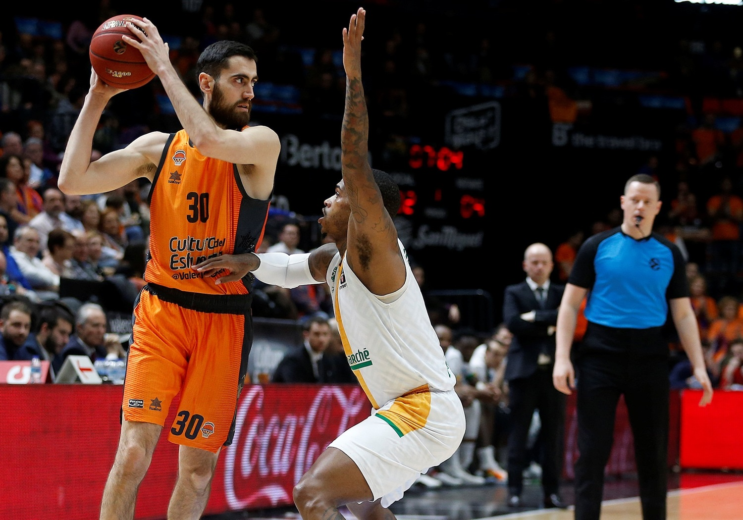 Joan Sastre - Valencia Basket (photo Valencia) - EC18