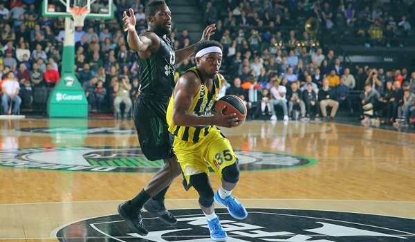 RS Round 23 report: Fenerbahce cruises in Istanbul derby