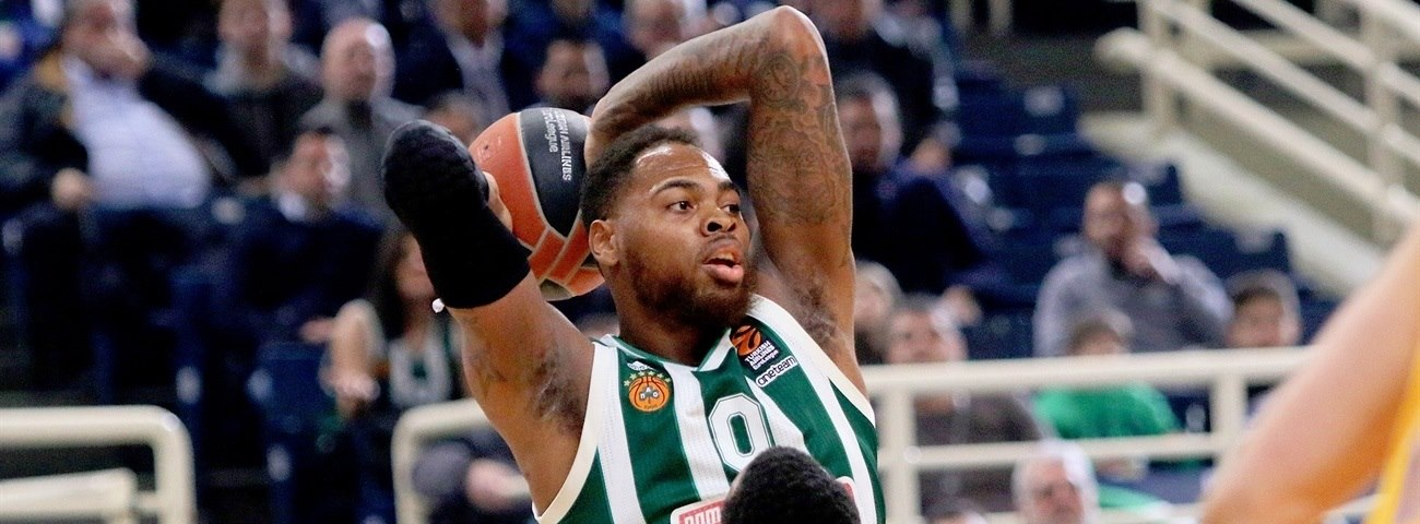 Panathinaikos re-signs Thomas for two more seasons