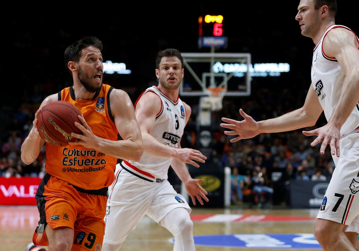 Sam Van Rossom - Valencia Basket (photo Miguel Angel Polo - Valencia) - EC18