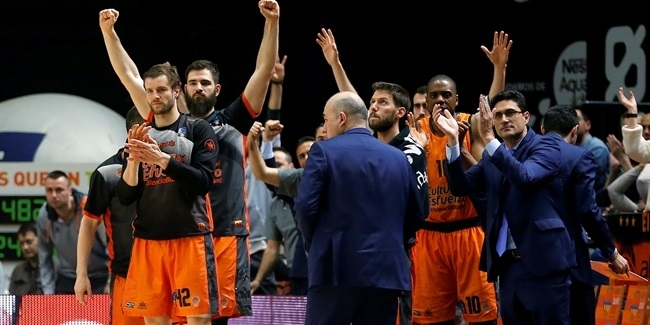 Record-breaking second-half defense sends Valencia to semis