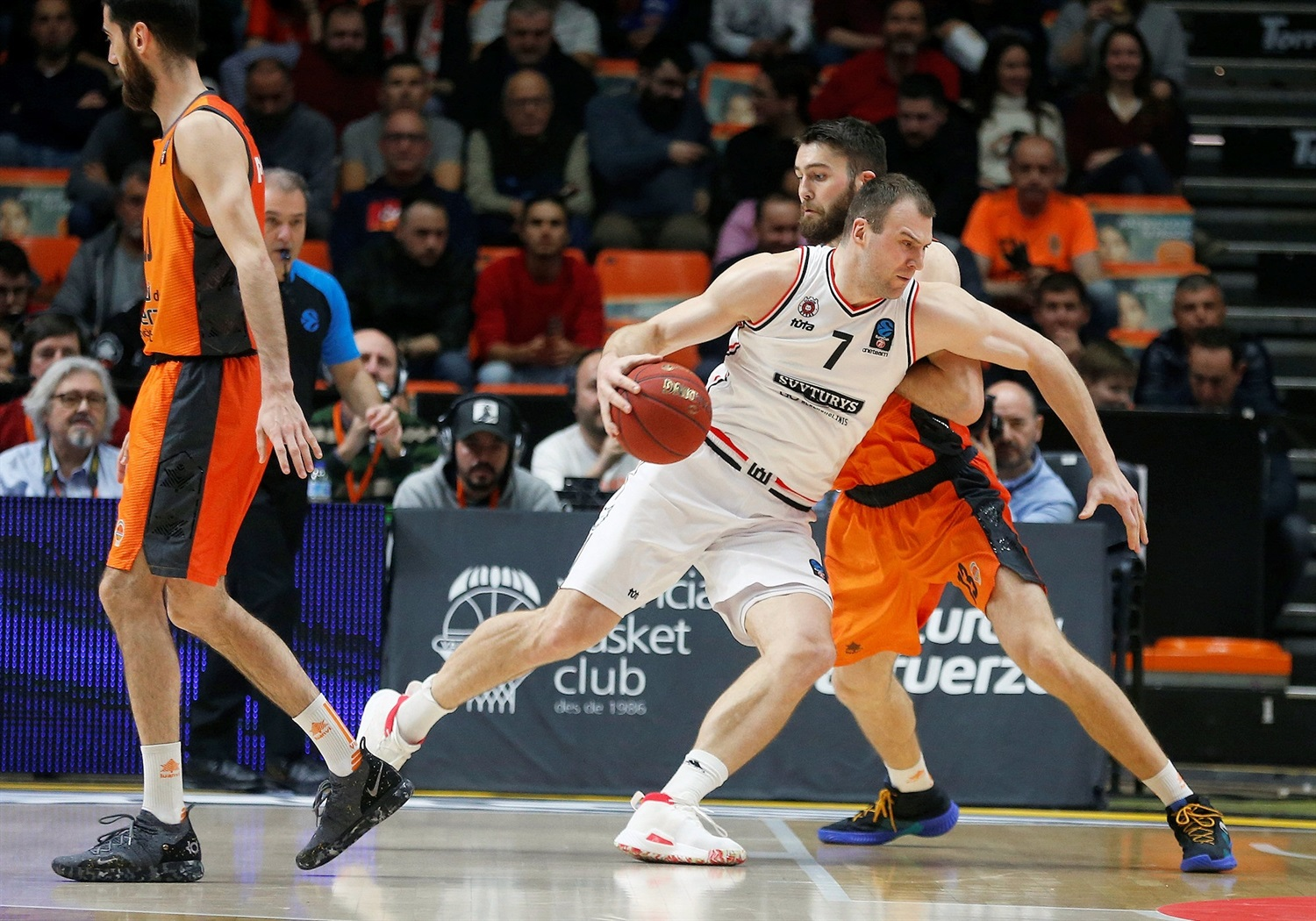 Artsiom Parakhouski - Valencia Basket (photo Miguel Angel Polo - Valencia) - EC18